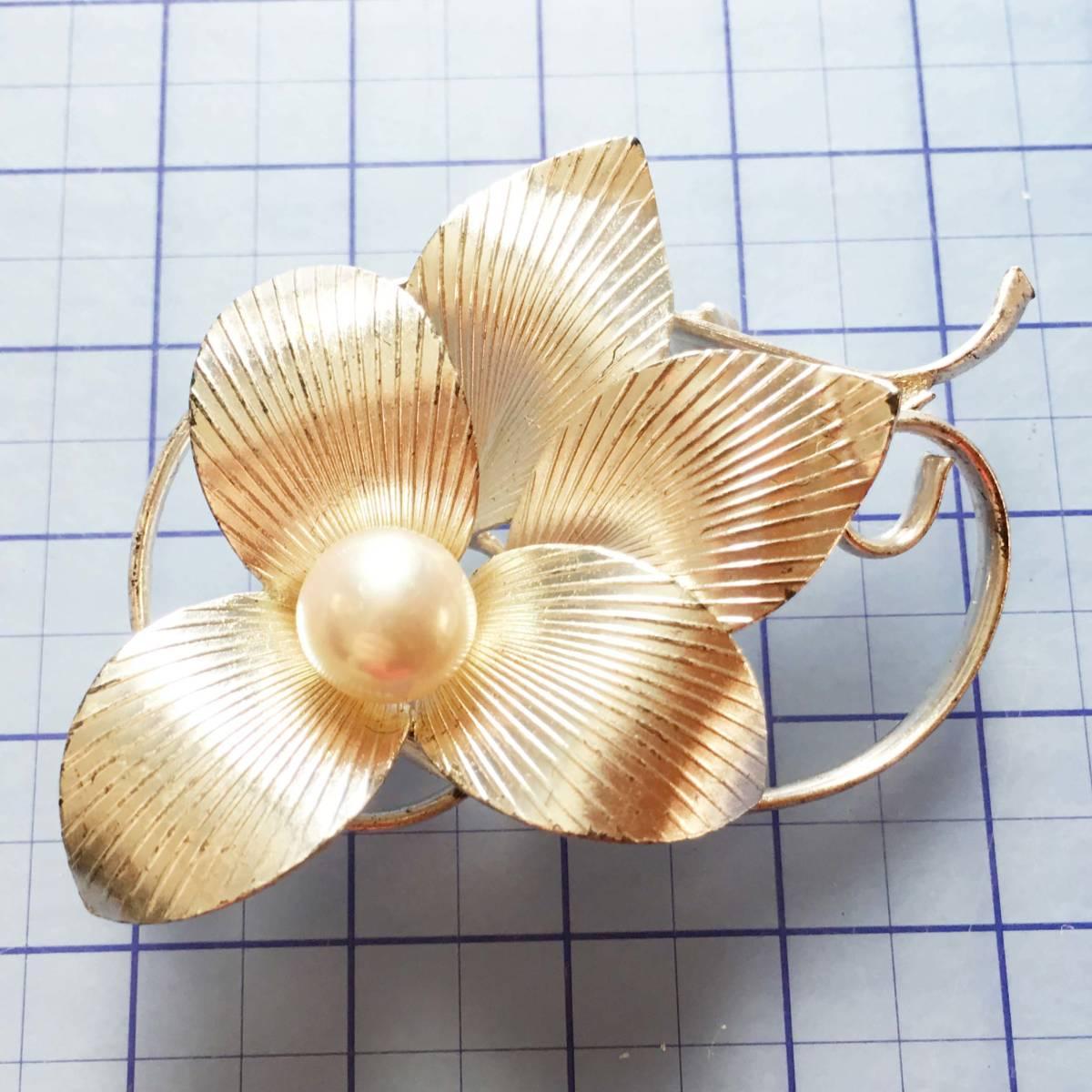 美品 天然本真珠 銀色 ブローチ NO.4658
