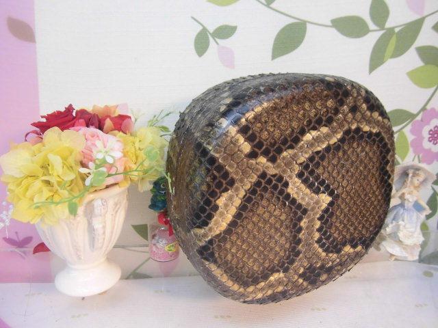 (送料無料)32.980円 沖縄三線専用チーガ(胴) 蛇皮本張り 写真は参考出品見本画像です。_画像10