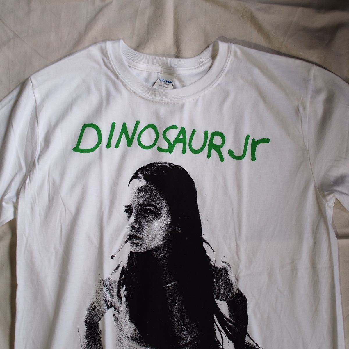 Official [Dinosaur Jr.]L ダイナソージュニア Tシャツ バンド Nirvana Blur Sonic Youth oasis joy division Stone Roses The Cure_画像2