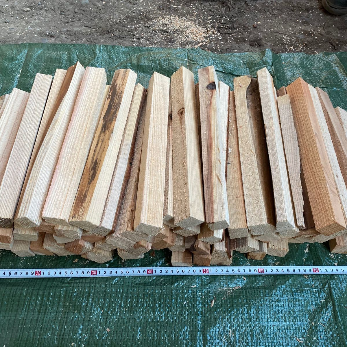 キャンプ用 焚き火 薪 約15kg(山形県産 杉)自然乾燥(数量限定)