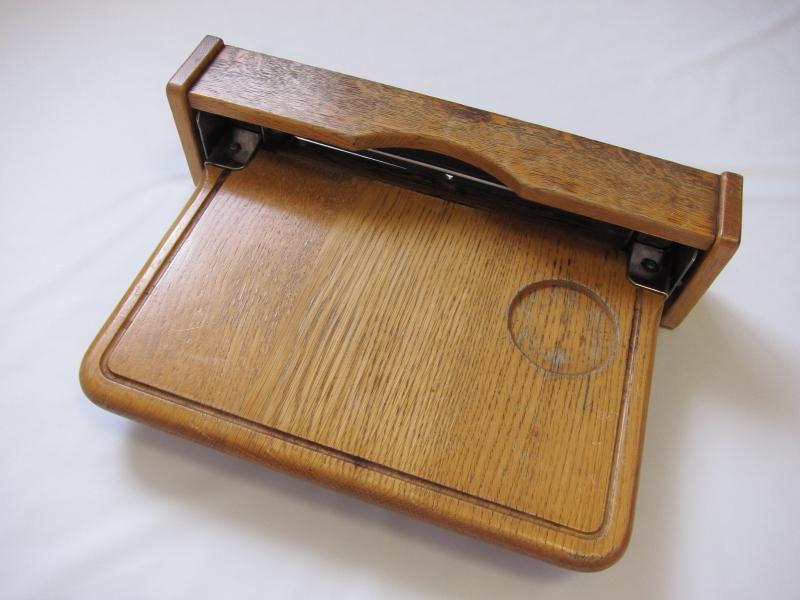 寝台特急「あけぼの」B個室ソロの折り畳みテーブル_画像1