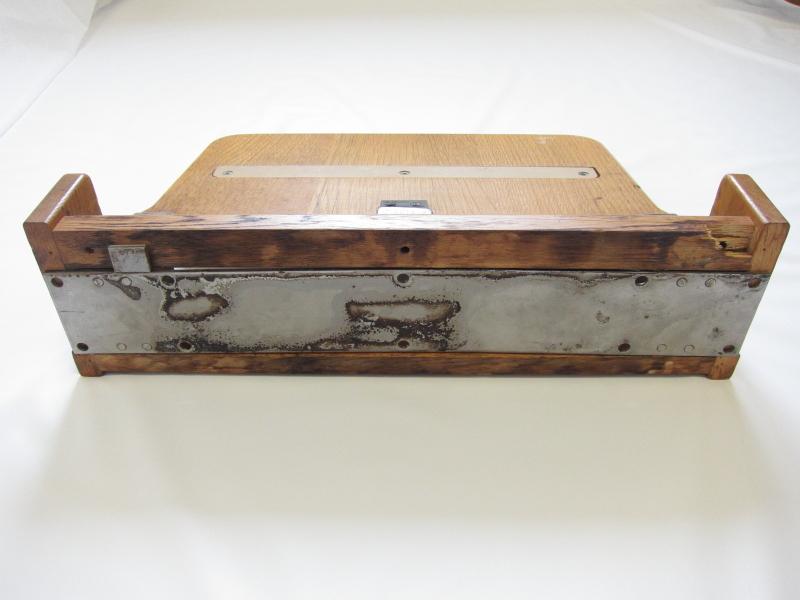 寝台特急「あけぼの」B個室ソロの折り畳みテーブル_画像3