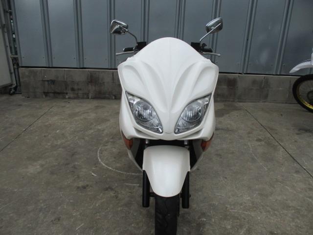 ▲6663▲ホンダ フォルツァ X ホワイト MF08 部品取り車 愛知_画像3