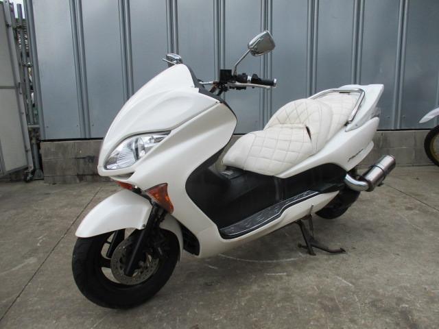 ▲6663▲ホンダ フォルツァ X ホワイト MF08 部品取り車 愛知_画像6