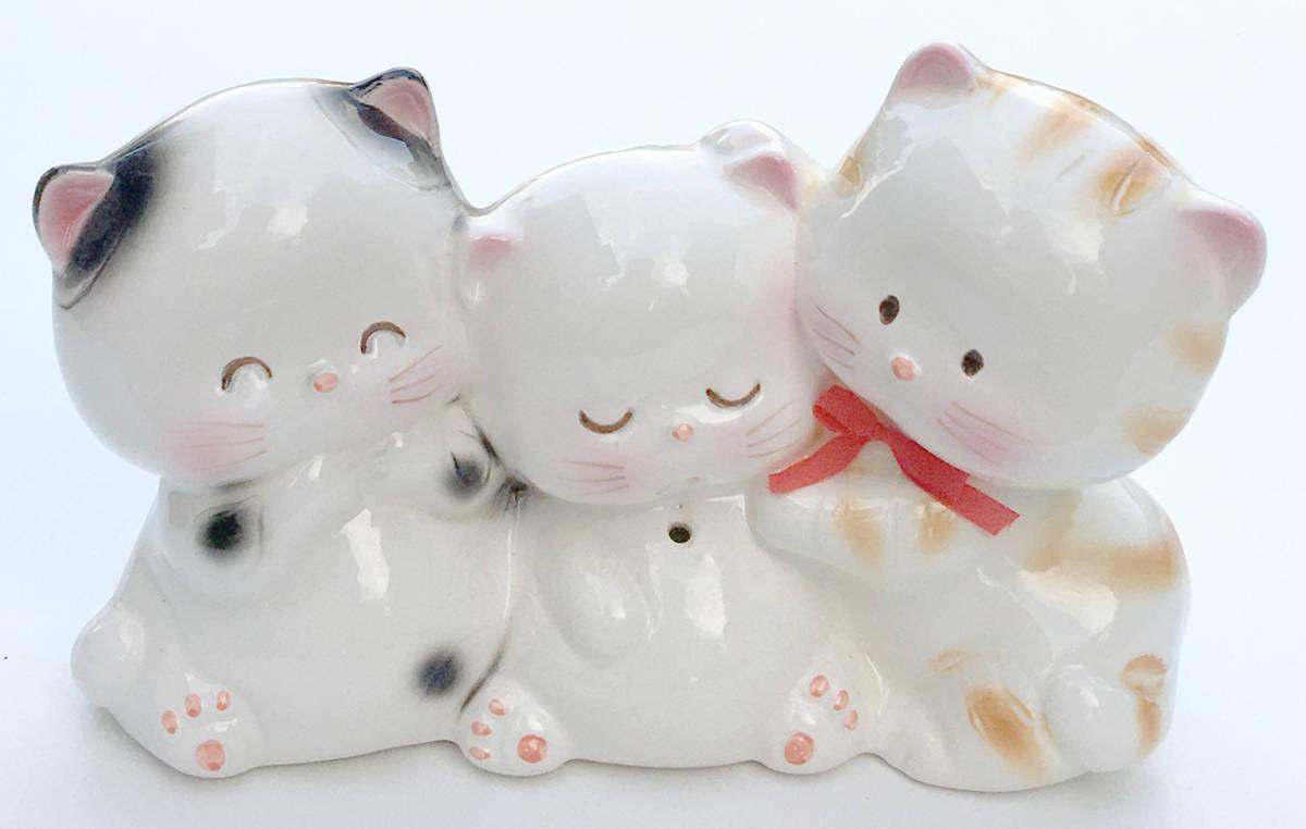 ★昭和レトロ かわいい子猫3匹 陶器製貯金箱 ネコ_画像1