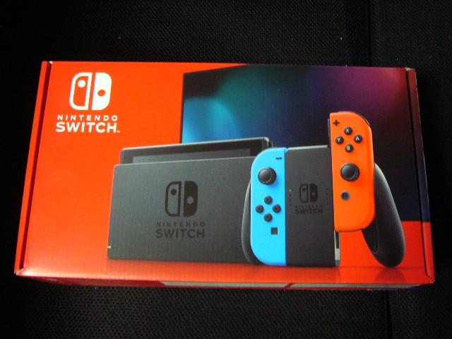 ニンテンドースイッチ本体 Nintendo Switch Joy-Con(L) ネオンブルー/(R) ネオンレッド【バッテリー持続時間が長くなったモデル】未開封品_画像1