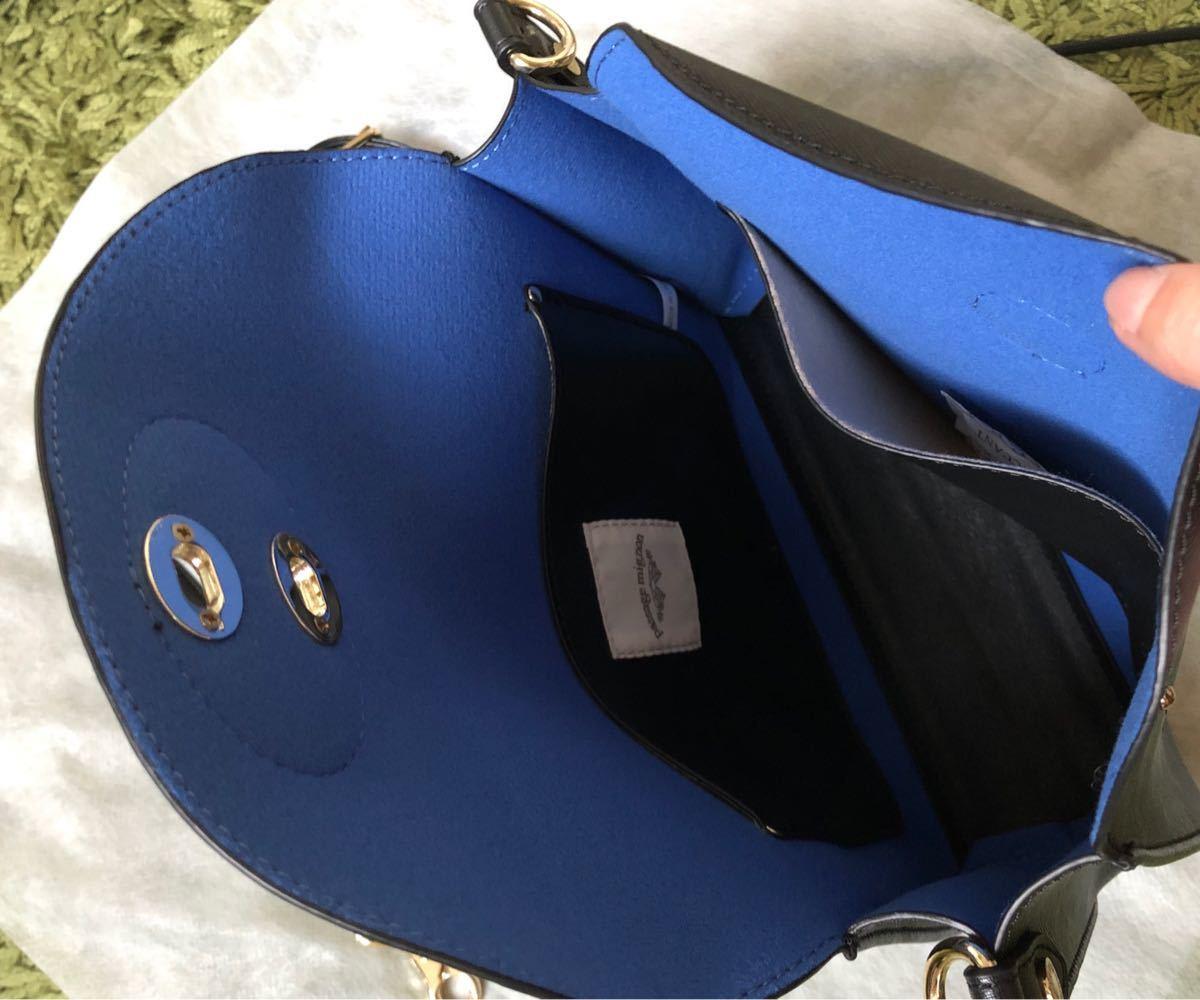 ショルダー バッグ ブラック 未使用 コンパクト 軽い ミニショルダー