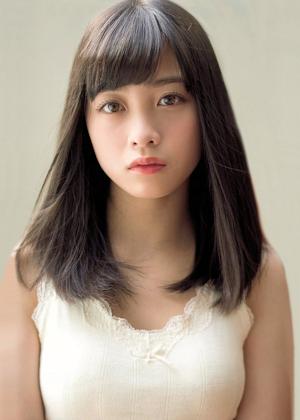 【橋本環奈】女優  A4サイズ (210mm×297mm) ラミネート写真2_画像1