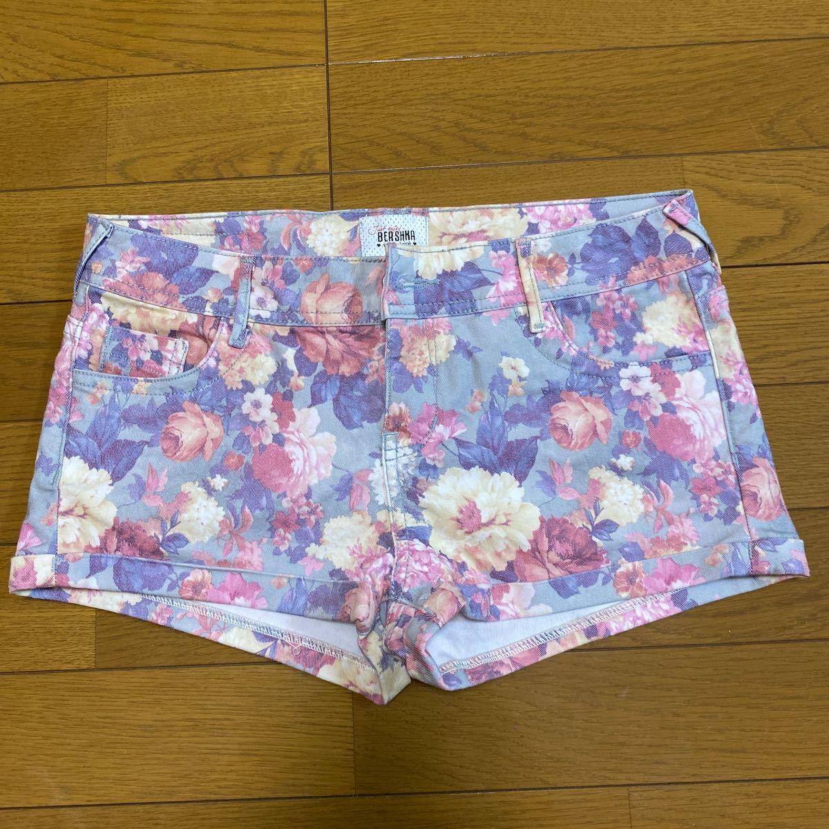 ショートパンツ 花柄 デニムパンツ ベルシュカ bershka サイズ36