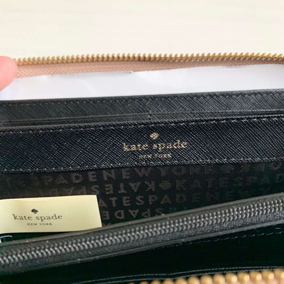 ケイトスペード kate spade NEW YORK 長財布