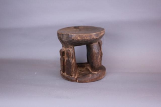 ロビ椅子 アフリカのスツール_画像2