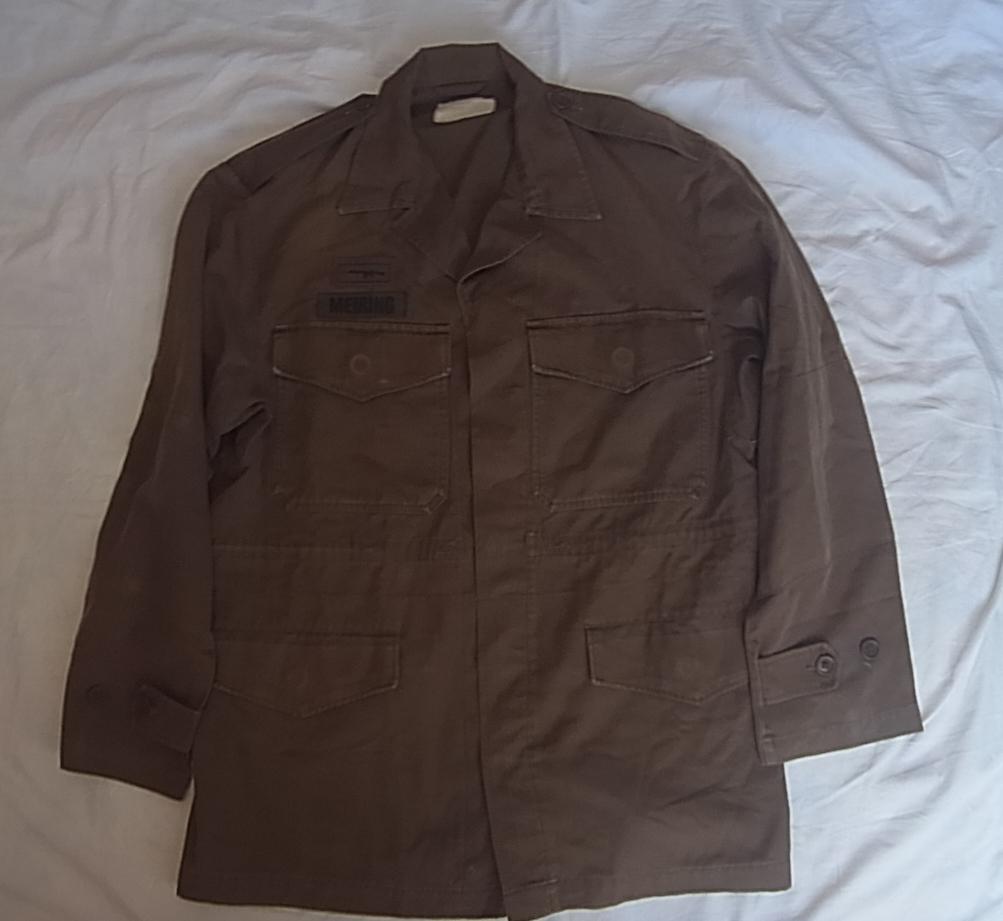 実物 南アフリカ軍 珍品 タグ・記章付きニュートリアブラウン コンバットジャケット 特殊部隊 RECCE 32大隊_画像1