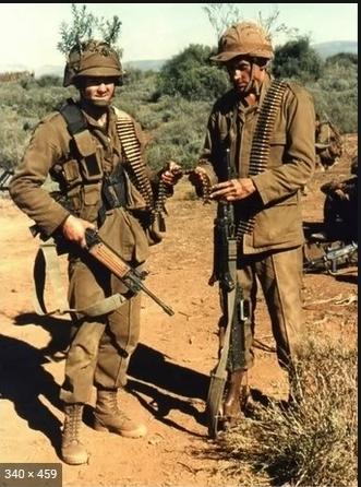 実物 南アフリカ軍 珍品 タグ・記章付きニュートリアブラウン コンバットジャケット 特殊部隊 RECCE 32大隊_画像9