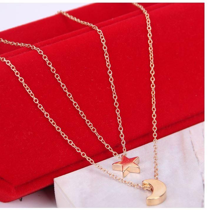 syo004 ゴールド シルバーのムーン二層チェーンペンダントネックレス ファッションジュエリー デートにもピッタリ 女性へのプレゼントに◎_画像3
