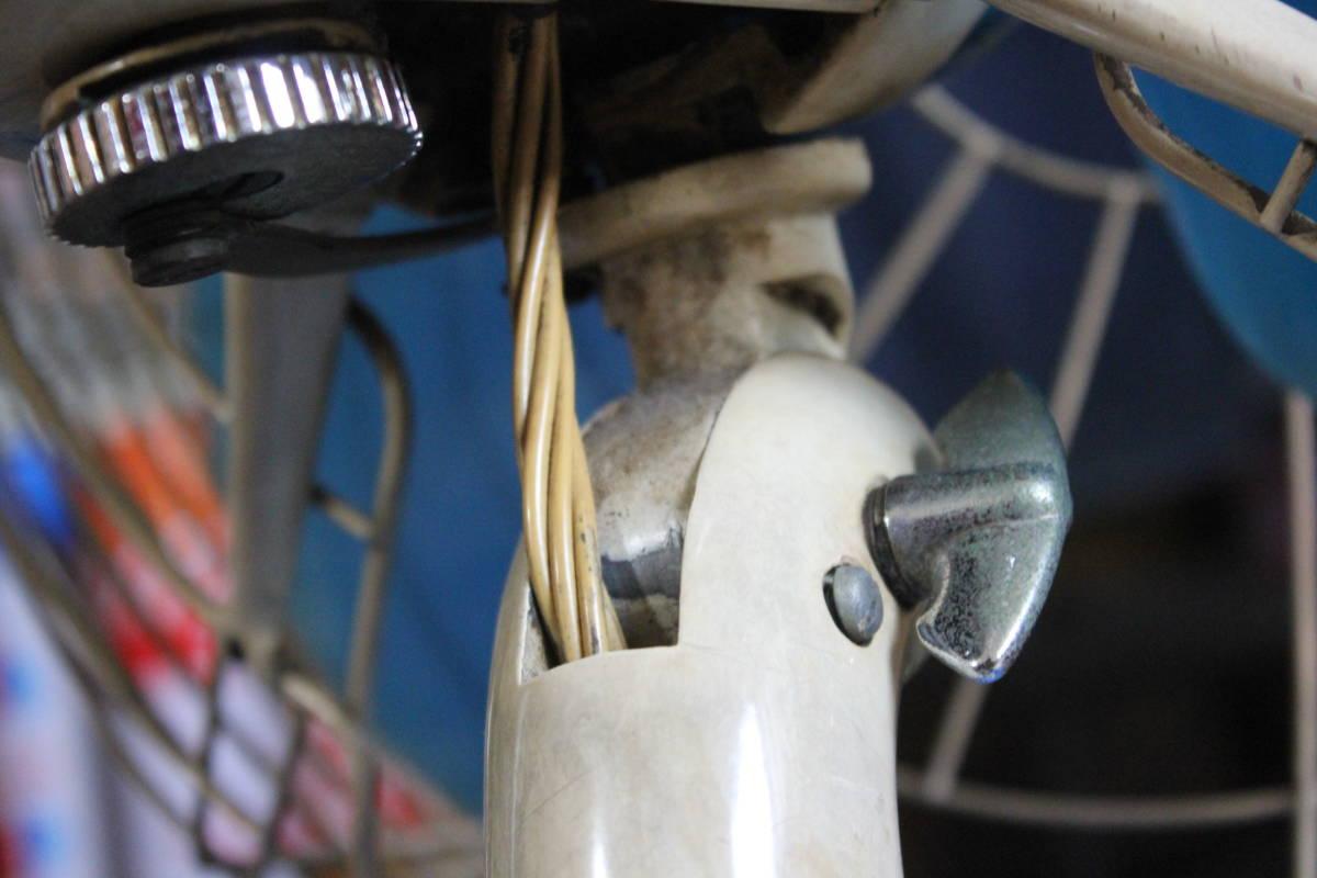 動作品! 日立A.C. DESK FAN M-6036。3枚羽扇風機 昭和レトロ アンティーク家電 インテリア ビンテージ大正ロマンHITACHI当時物 珍しい希少_画像6