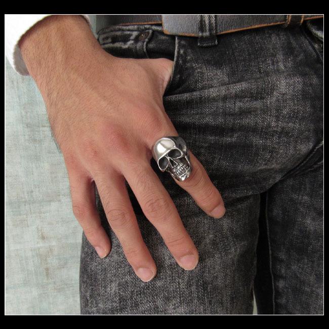 19号 スカルシルバーリング メンズ シルバー925 リング 指輪 シルバーアクセサリードクロ 髑髏 大きい_イメージ画像/19号をお送りします