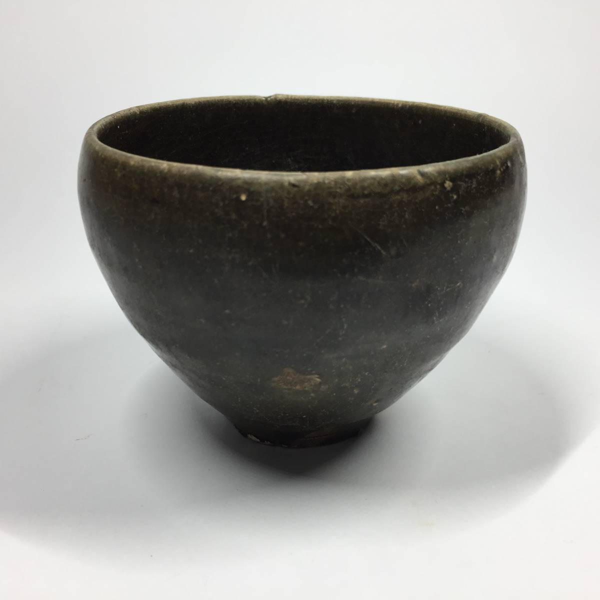 高麗末期~李朝初期 黒高麗のような黒釉筒茶碗・筒盃