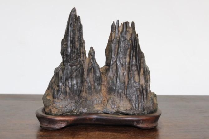 (美)水石 古谷石 剣山 幅9.5cm