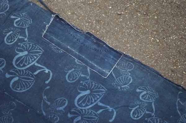 1395A1◆ボロ◆襤褸◆型染め◆葵の葉◆藍染木綿古布◆4幅◆継ぎ接ぎ◆継ぎ当て◆布団皮◆リメイク素材_画像10
