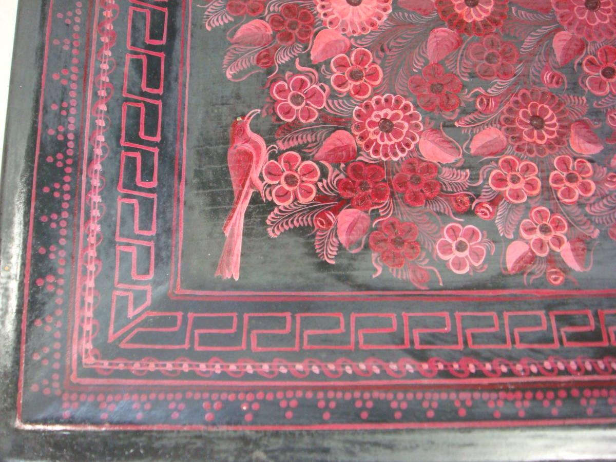 ★鮮やかなメキシコ製飾りトレー★図柄がとても美しい★_四方に鳥が描かれています