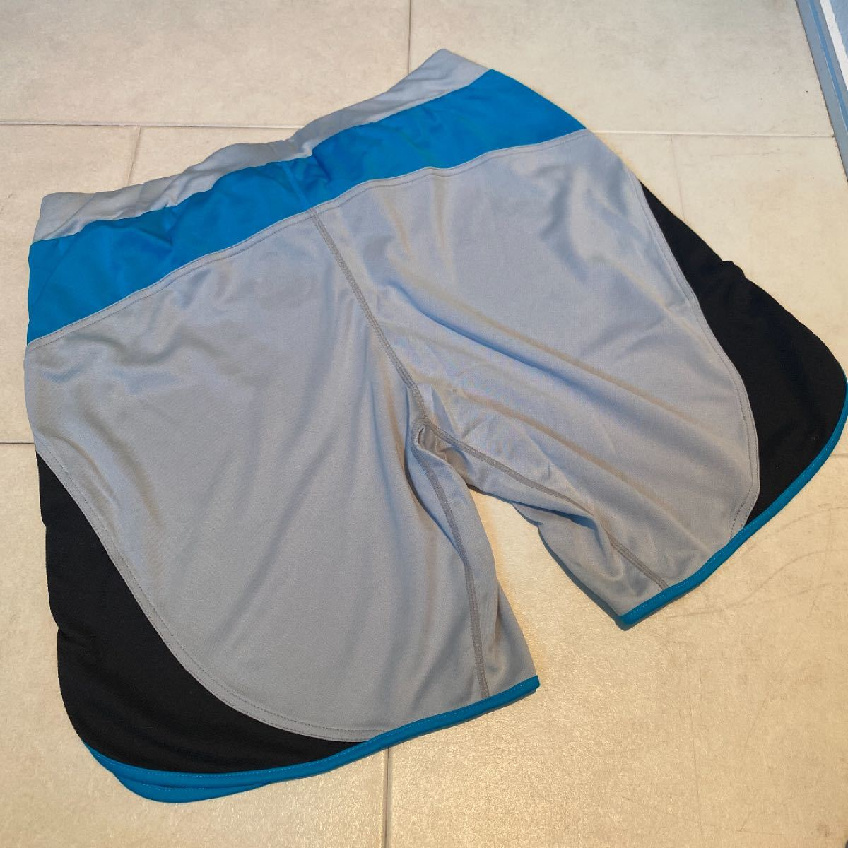 ランニングパンツ バイカラーパンツ 新品 レリック reric ジョギング