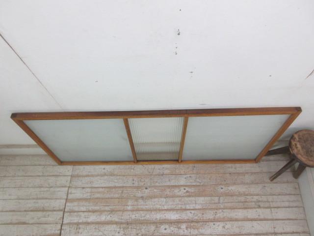 古い木味のモールガラスの欄間A114    アンティーク建具引き戸板戸帯戸扉ドア戸窓玄関店舗什器カフェ什器無垢材古家具古民家_画像4