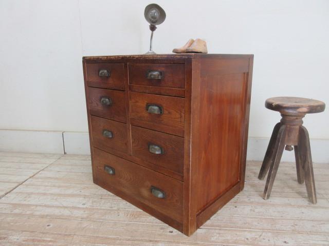 古い木味の7杯引き出しI324  アンティーク収納棚書類棚店舗什器カフェ什器古家具無垢材_画像2