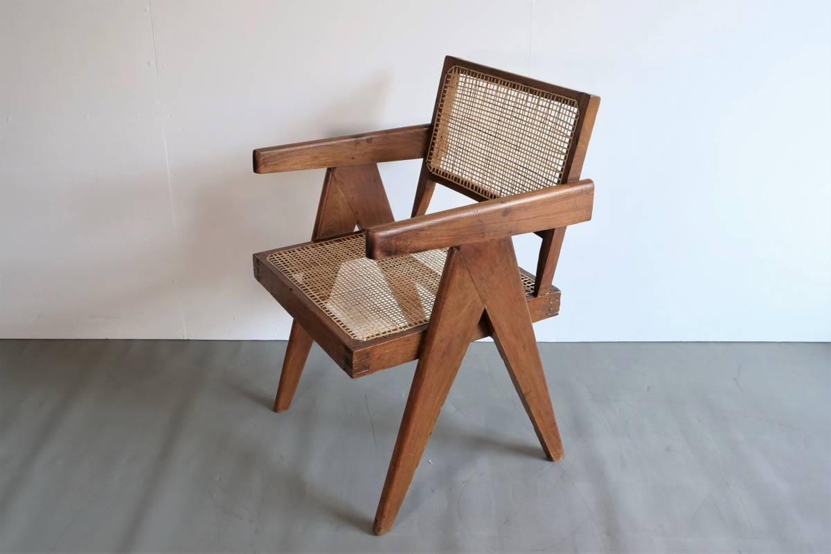 Pierre Jeanneret office chair ピエールジャンヌレ / ル・コルビュジエ ペリアン フランス