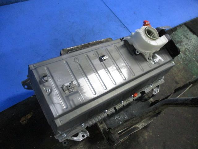 2020年4月製造純正新品交換 クラウン AWS210 HV ハイブリッド バッテリー G9510-30070 G9280-30030_画像3