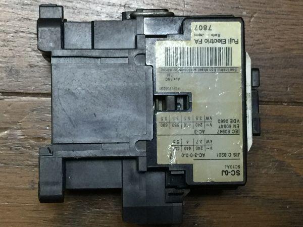 電子部品、パーツなど・・/   FUJI 富士電機 電磁接触器  SC-0J  BO45B_画像4