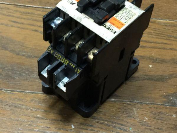 電子部品、パーツなど・・/   FUJI 富士電機 電磁接触器  SC-0J  BO45B_画像7