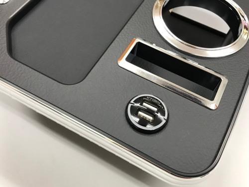 BUSSELL USB急速充電ポート付き セカンド(コンソール後側)センターコンソールテーブル H200系ハイエース(標準ボディ・ワイドボディ共通_画像2