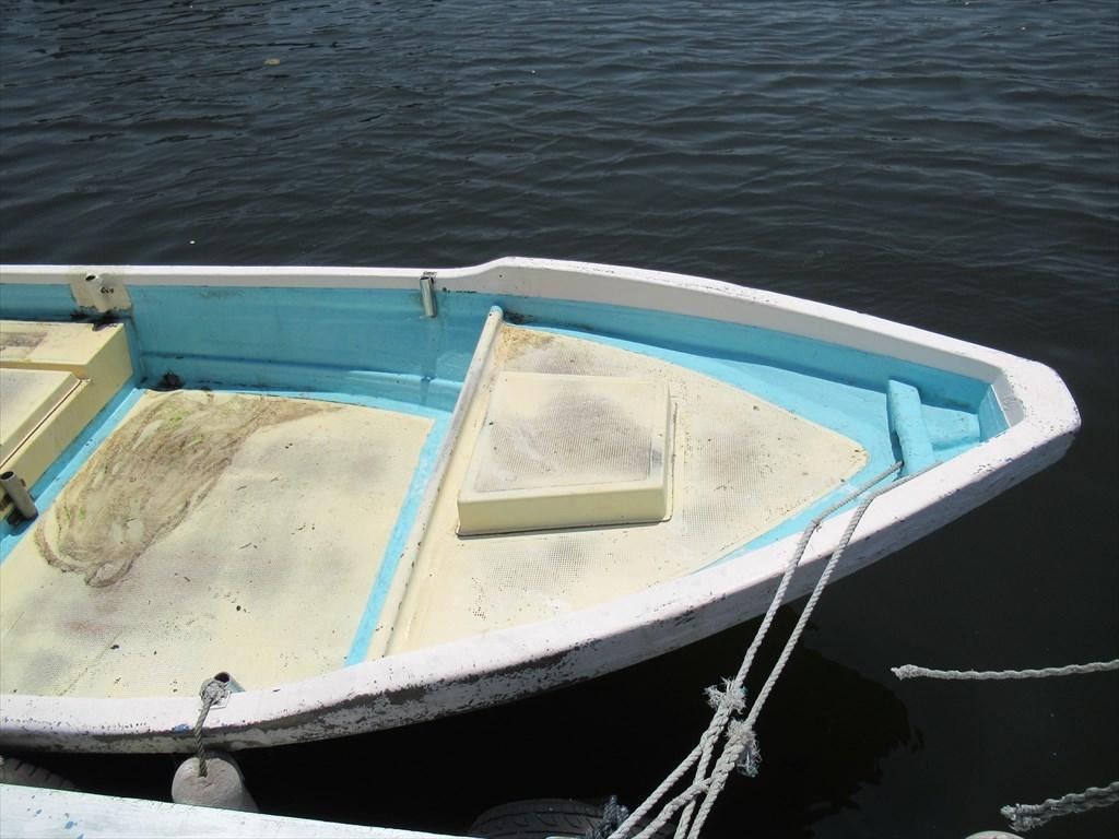 「和船 船体のみ 18ft (5.4m) S52年進水 古いですがまだまだ 愛媛県 格安 小型船外機用和船 ボート」の画像3
