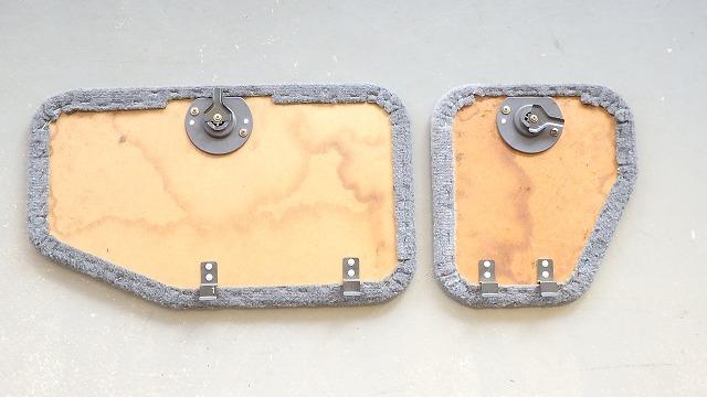89-95 US トヨタ ピックアップ純正 リヤシート座部下のフタ RN・VZNの90系 BL_画像2
