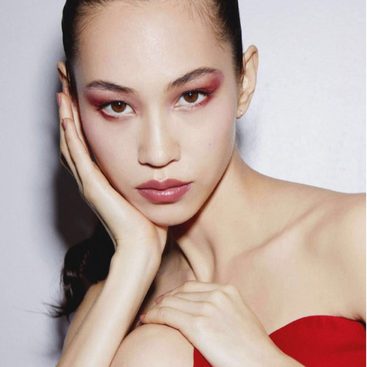 新製品 Dior サンク クルール クチュール アイシャドウ