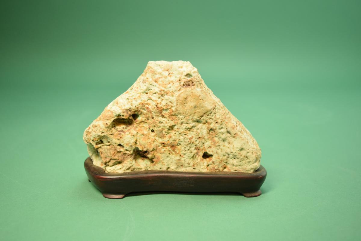 利根川産 緑翠石 銘:富士山  (盆景 水石 鑑賞石 飾り石)ID3477_画像3