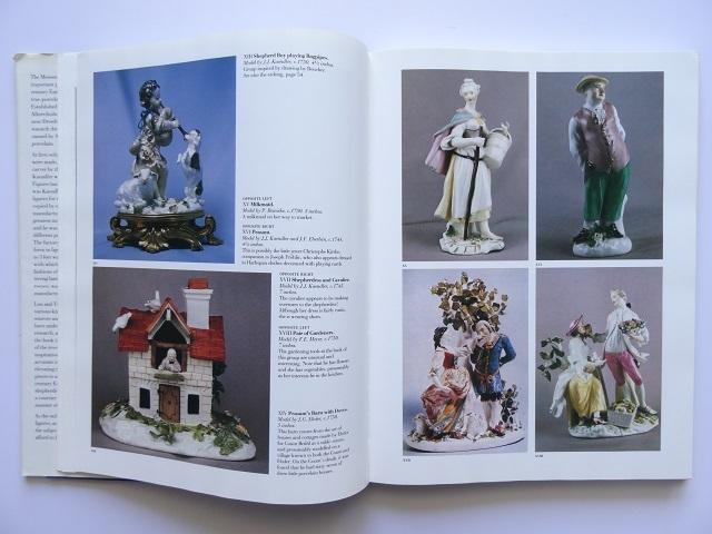 洋書◆マイセン人形の写真集 本 アンティーク フィギュア 陶磁器 工芸品_画像4