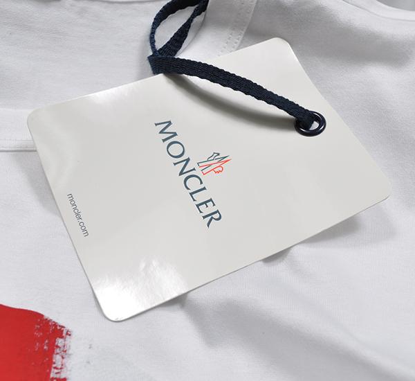 新品6.4万 MONCLER ( モンクレール ) 最高級!大人のハイクオリティーなペイントデザイン!Tシャツ 半袖 (Lサイズ)【直営購入】白_画像4