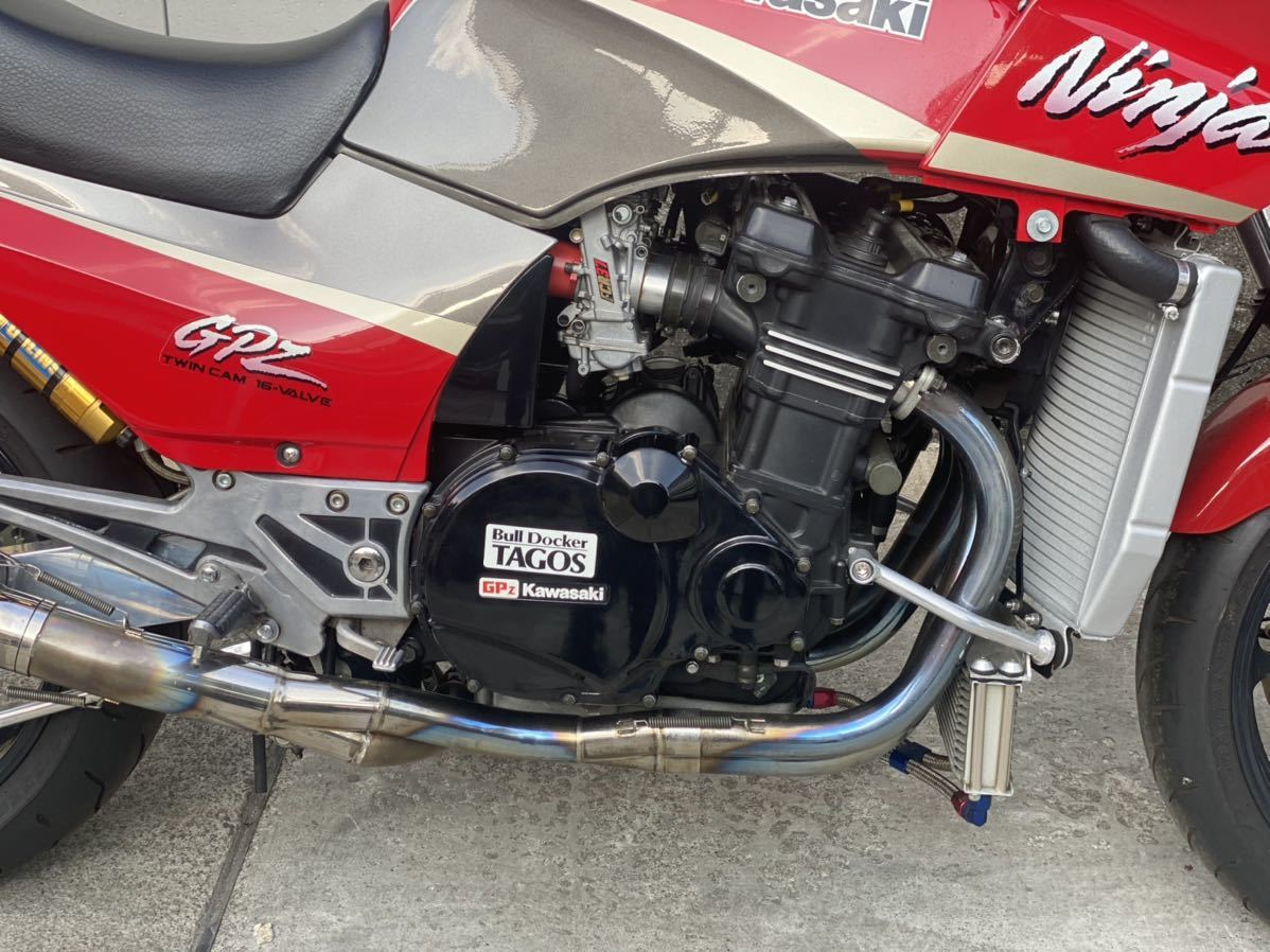 「カワサキ GPZ900R!カスタム多数!極上新車ワンオーナー!走行12530km!安心の予備検査付!」の画像2