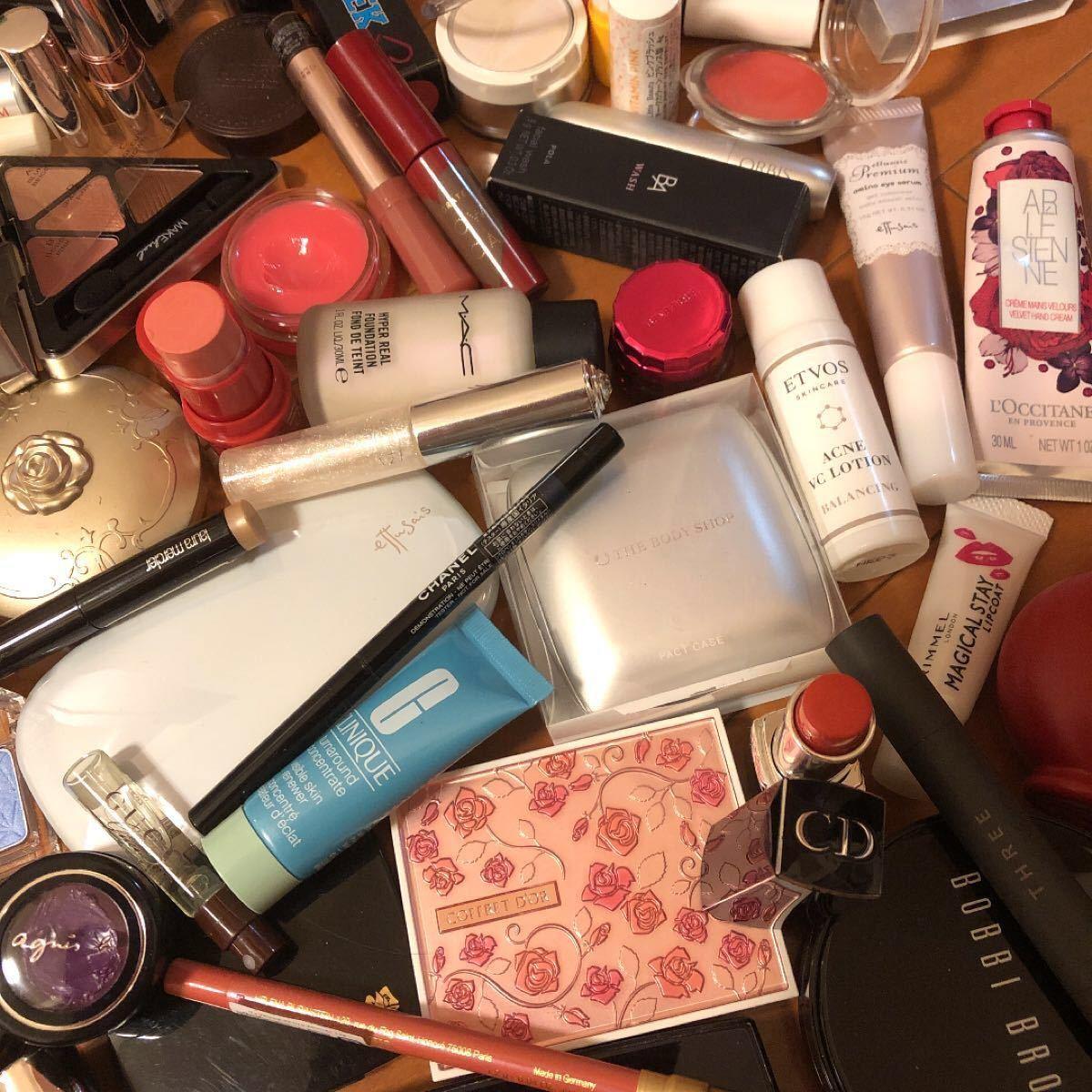 大量!コスメ 化粧品 まとめ売り 110点!新品未使用あり!シャネル、Dior