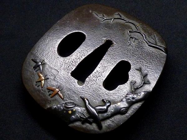 【刀装具 #1288】 石黒家を彷彿とさせる名作です! 鳥図 赤銅地 金象嵌色絵 鍔 桐箱付 【検:刀剣/拵え】_画像5