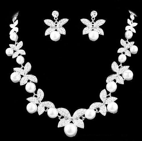 ホワイト/レッドクリスタル蝶デザインイヤリングと真珠のネックレスセット シルバーメッキブライダルウェディングジュエリーセット_画像1