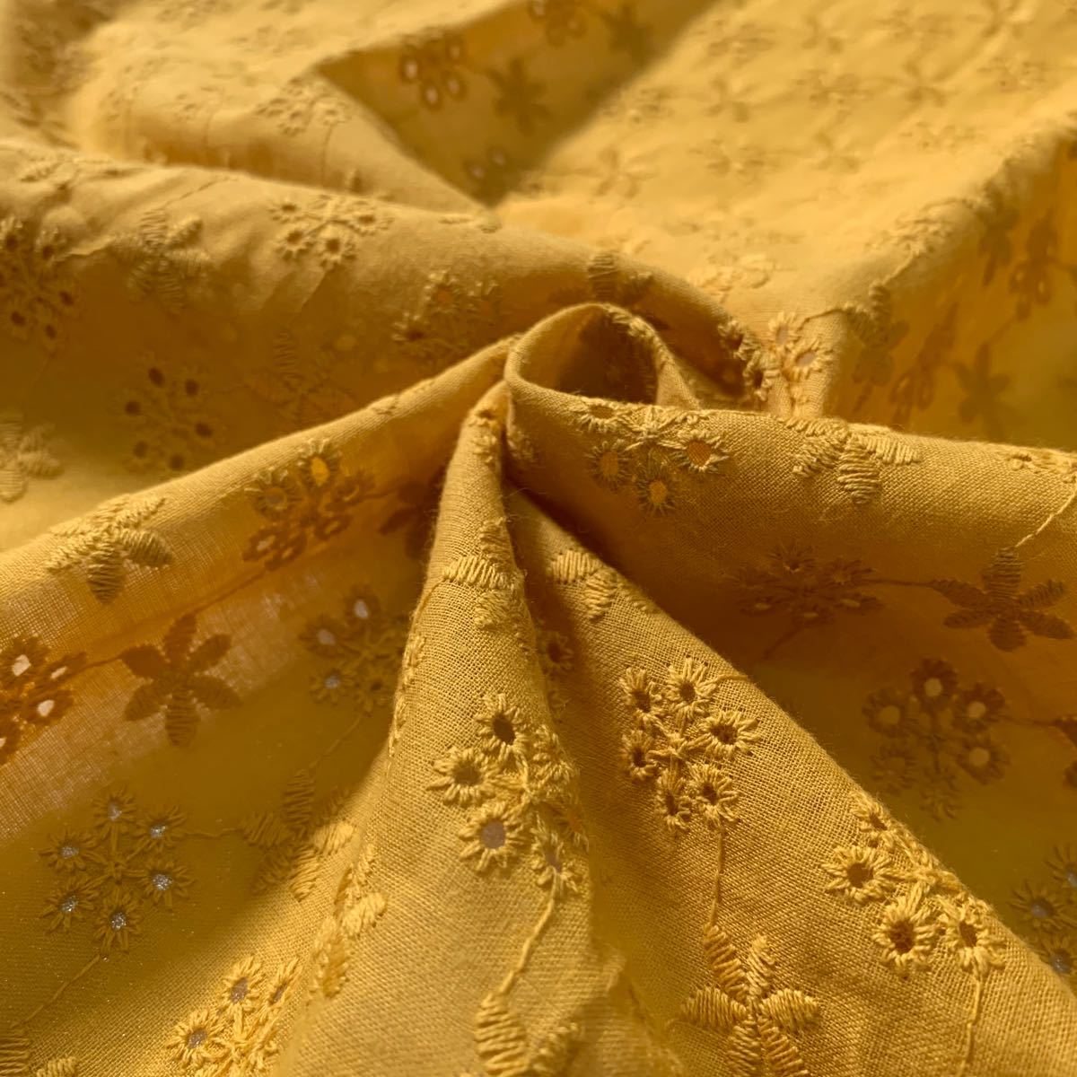コットンレース 綿レース 刺繍生地 はぎれセット 花柄 ハンドメイド 布