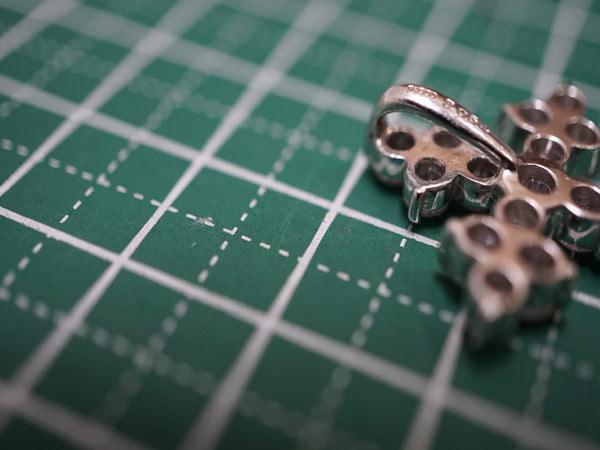 PT900 ダイヤ2.054ct クロスペンダントトップ 総重量5.8g_画像9