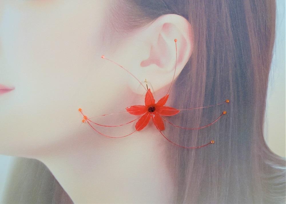 【赤い花ピアス】送料無料【Youtube 森を作り林】ハンドメイドチャンネル/ハンドメイドアクセサリー_画像3