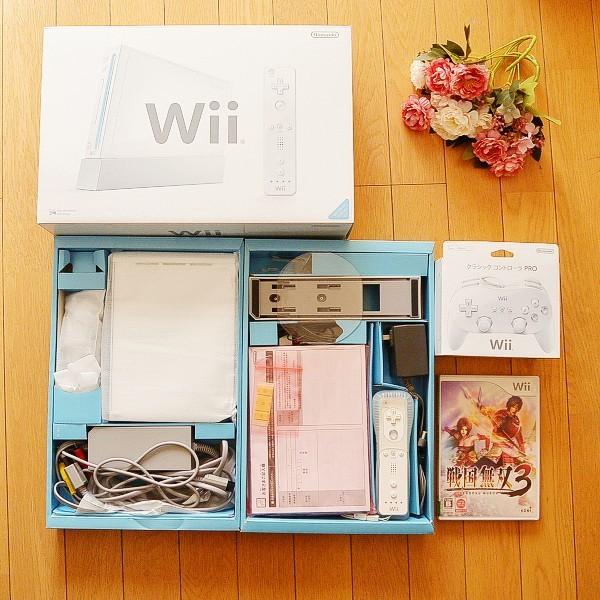 【使用期間少】Wii本体+クラシックコントローラPRO+戦国無双3 ホワイト
