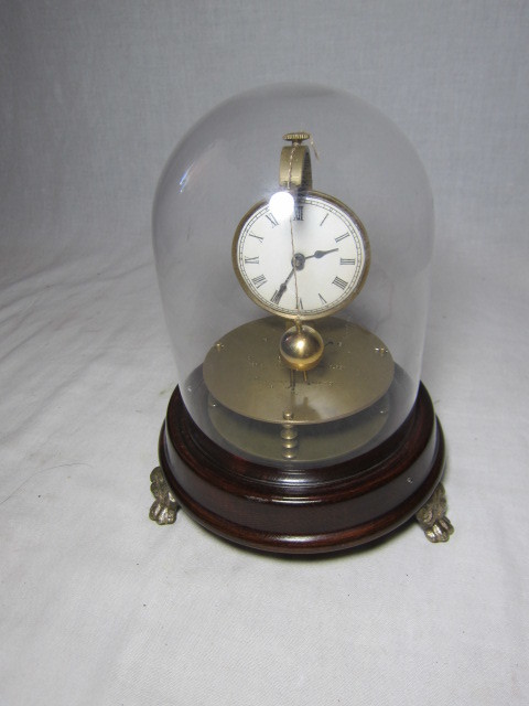 KI レトロ アンティーク 動作品 珍品 ゼンマイ式 球体振り子の 回転置き時計_画像1