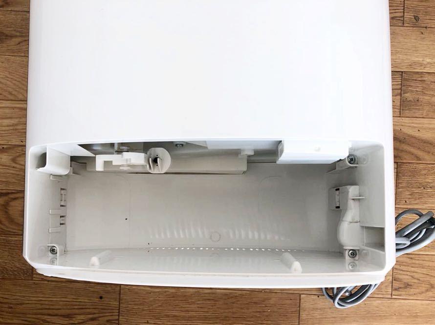 【美品】パナソニック Panasonic デシカント方式除湿乾燥機 衣類乾燥機能付き F-YZK60 スーパーアレルバスター搭載 2015年製_画像4