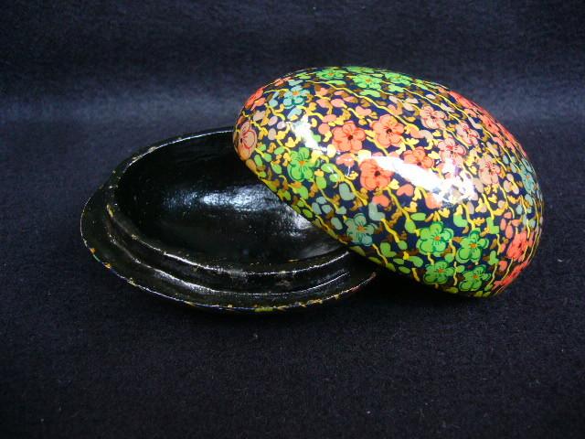木製 容器 入れ物 飾り タマゴ 卵型 花 つぼみ 雑貨 その他 インテリア 置物 蒔絵 蓋つき 小物入れ アクセサリー入れ レア_画像1