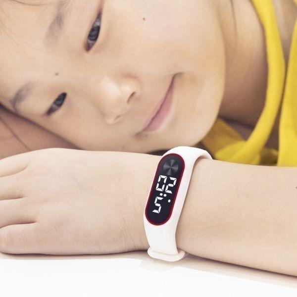 子供の腕時計 Led デジタルスポーツウォッチ少年少女メンズ ・ レディース ・ 電子シリコンブレスレット腕時計リロイニノ White White_画像5